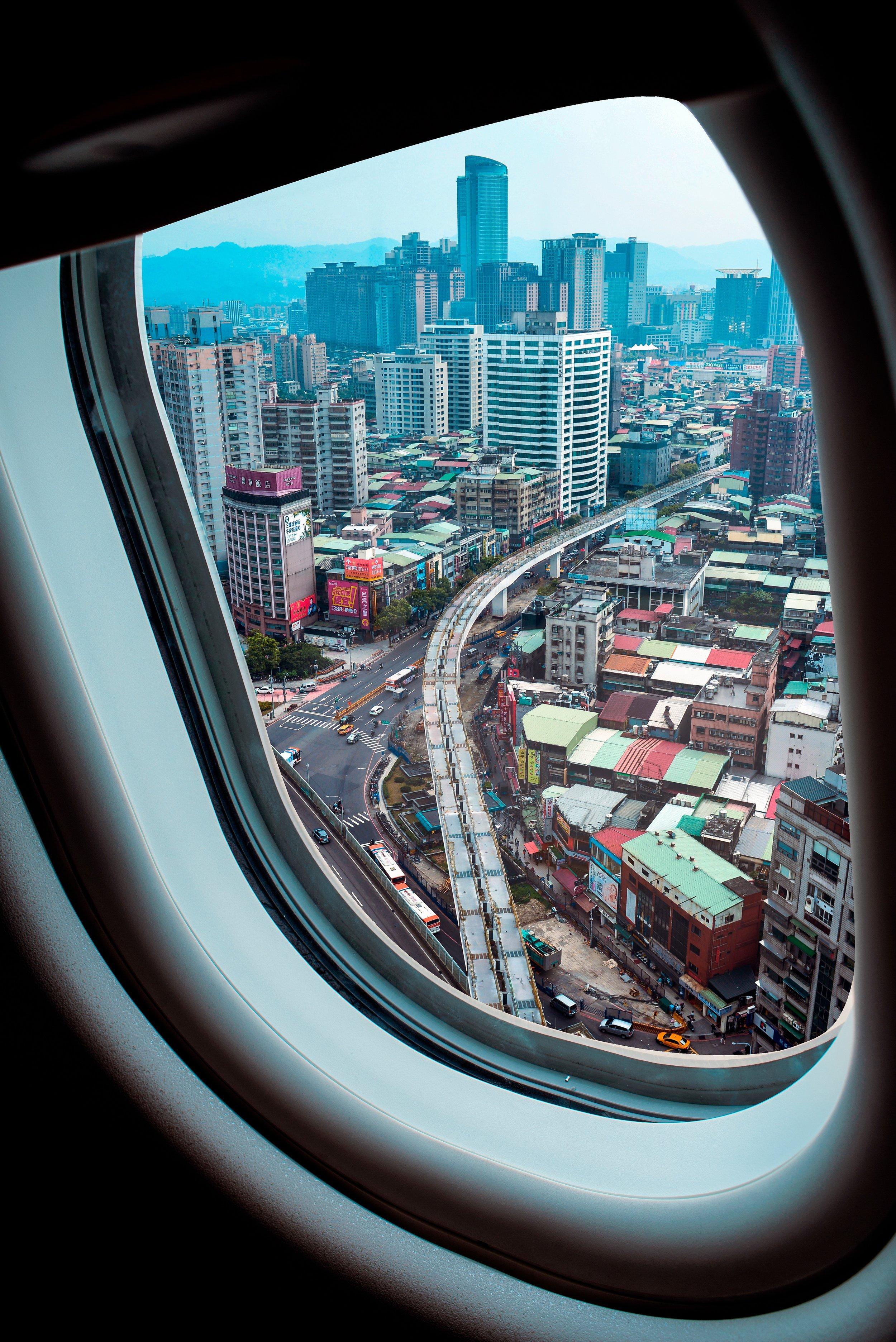 10 Photos From Aircraft Windows -