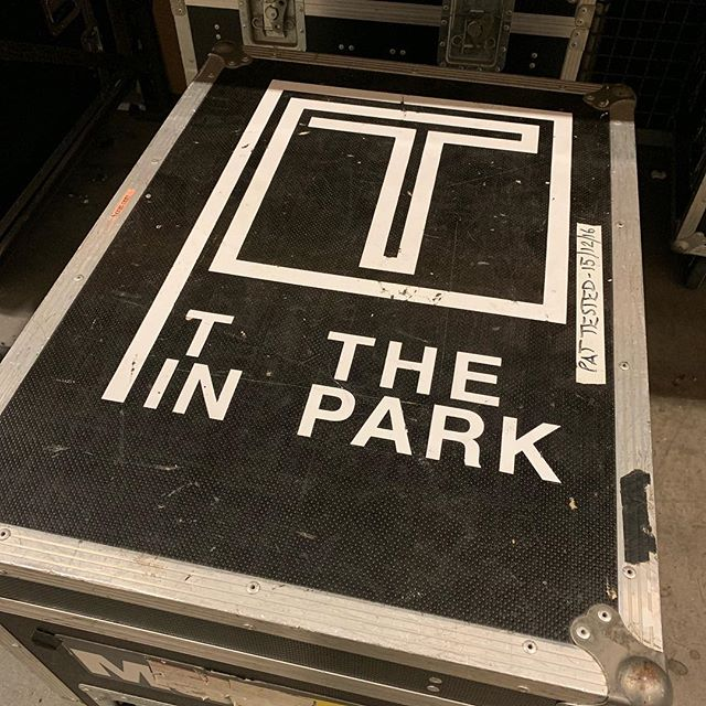Spotted behind a studio @bbcscotland a throwback to @tintheparkofficial . . . #Music #Festival #tinthepark #tvstudio #Scotland #Glasgow #art #artsy #fashion #fashionblogger #fashionbloggers #fblogger #fbloggers #beauty #beautybloggers #bbloggers #lifeblogger #lbloggers #hipster #hippie #beautiful #Instagood #music #livemusic