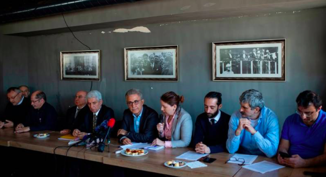 Presskonferens med tidigare Cumhuriyet-anställda i Istanbul den 22 april 2019.