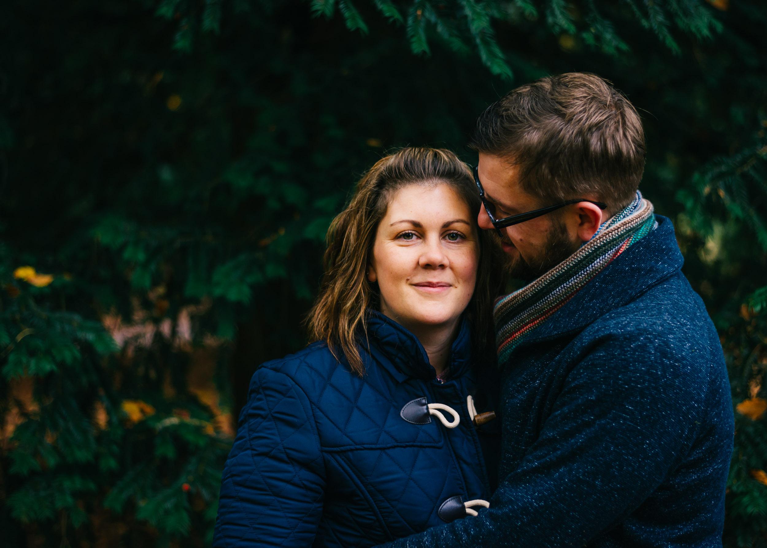 couples shot autumn mini, lancashire