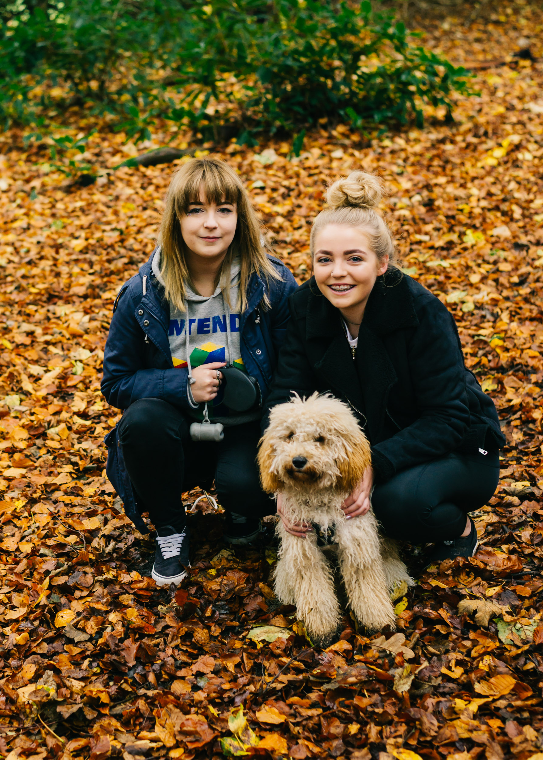 autumn mini family session at Towneley Park Lancashire