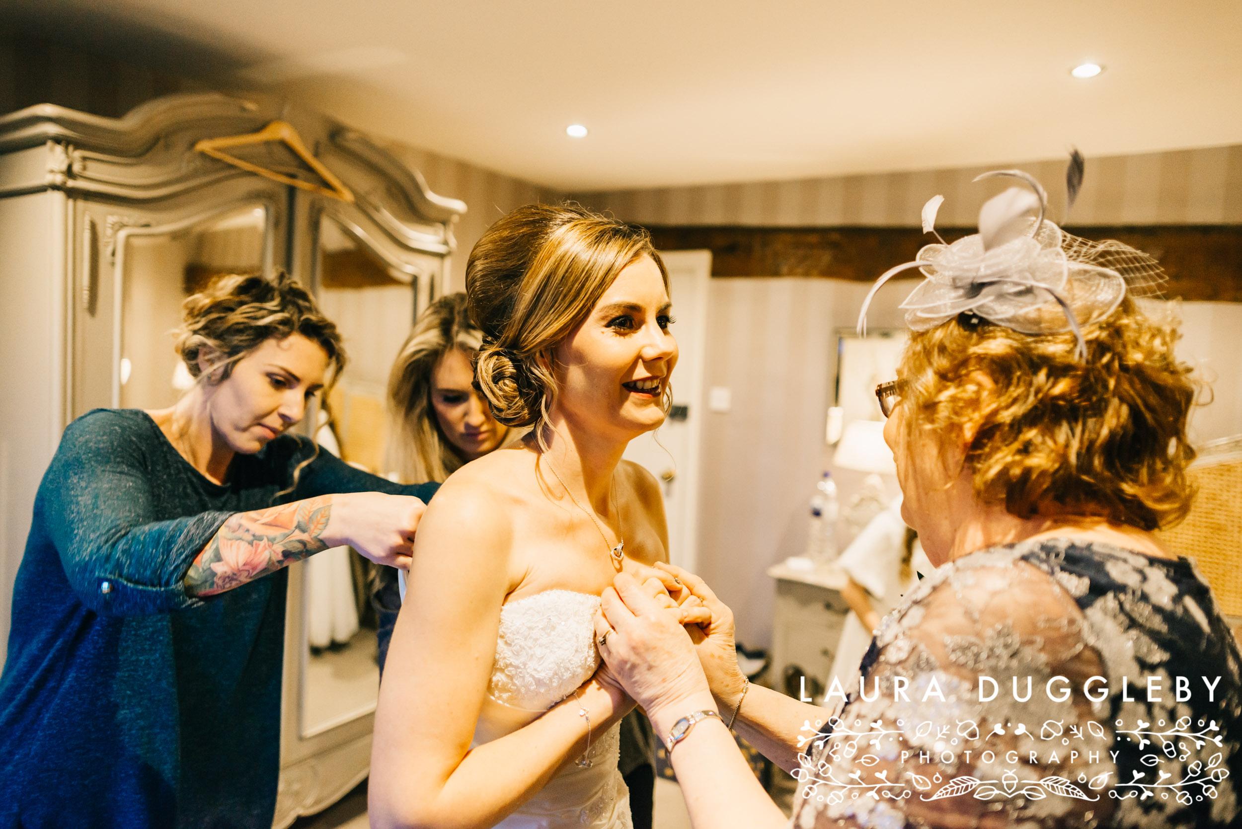 Sally & Scott Shireburn Arms Wedding-34.jpg