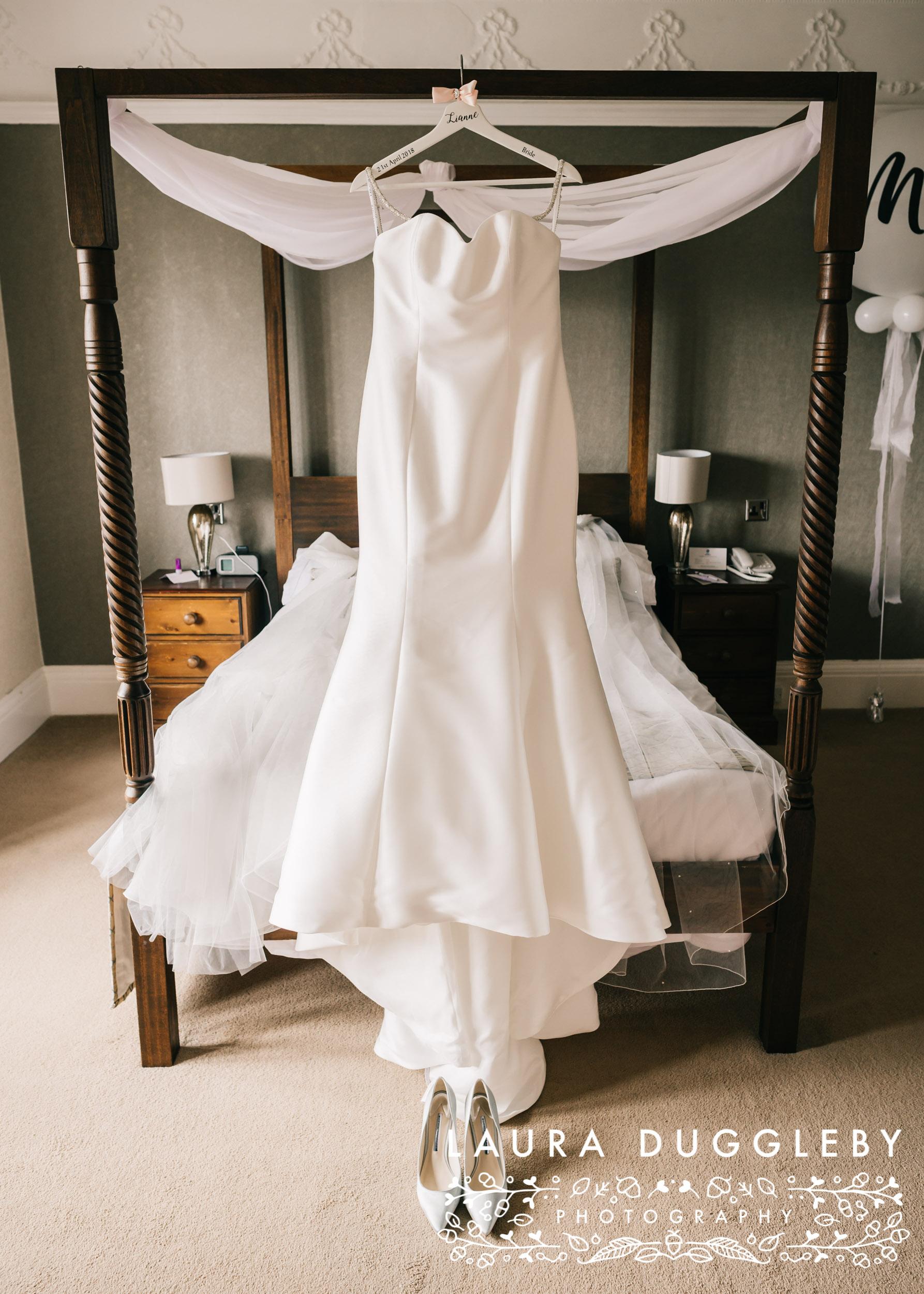 Higher Trapp Hotel Wedding, Ribble Valley Wedding Photographer4