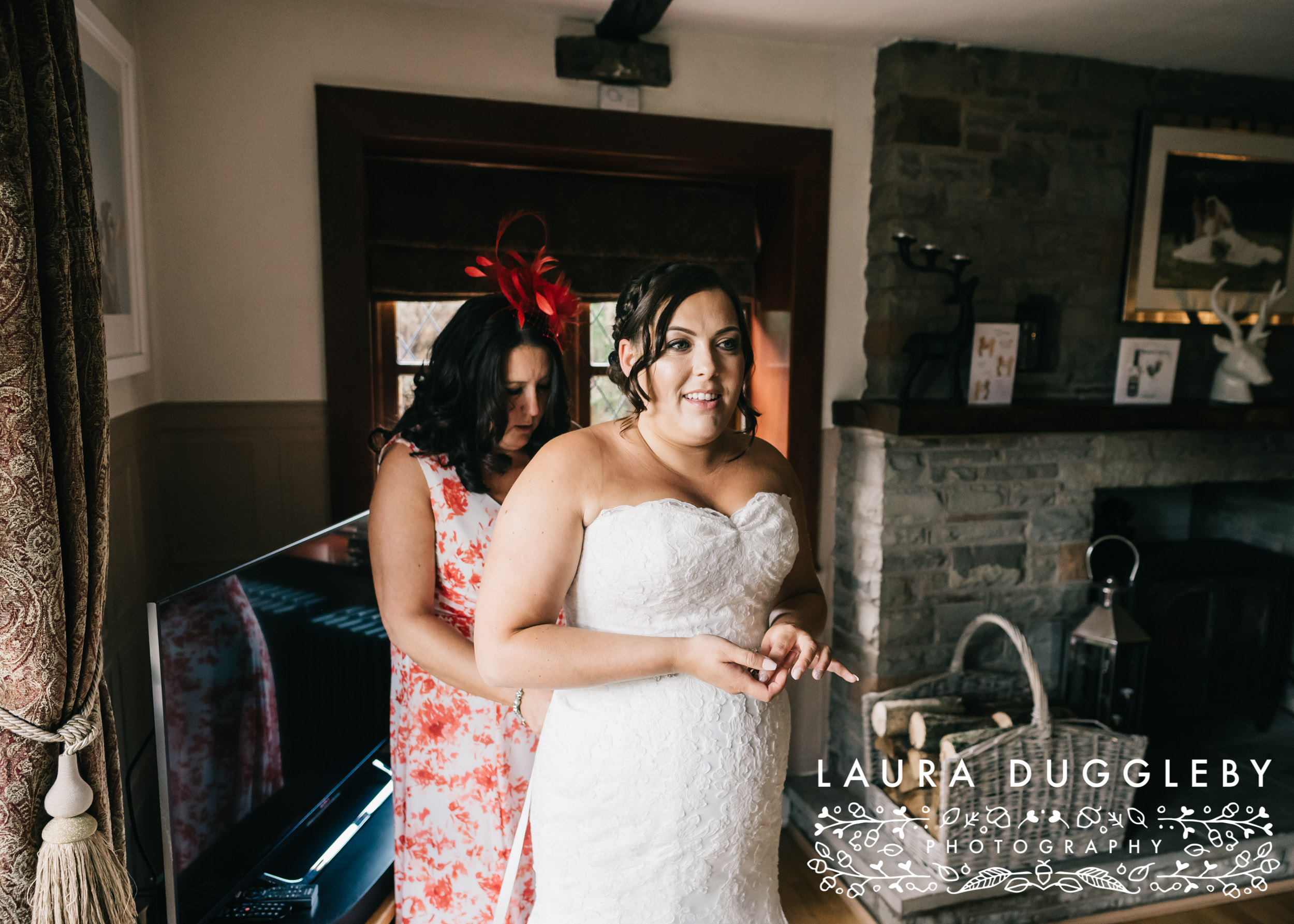 Elizabethan Suite Bury Town Hall - Manchester Wedding Photographer5