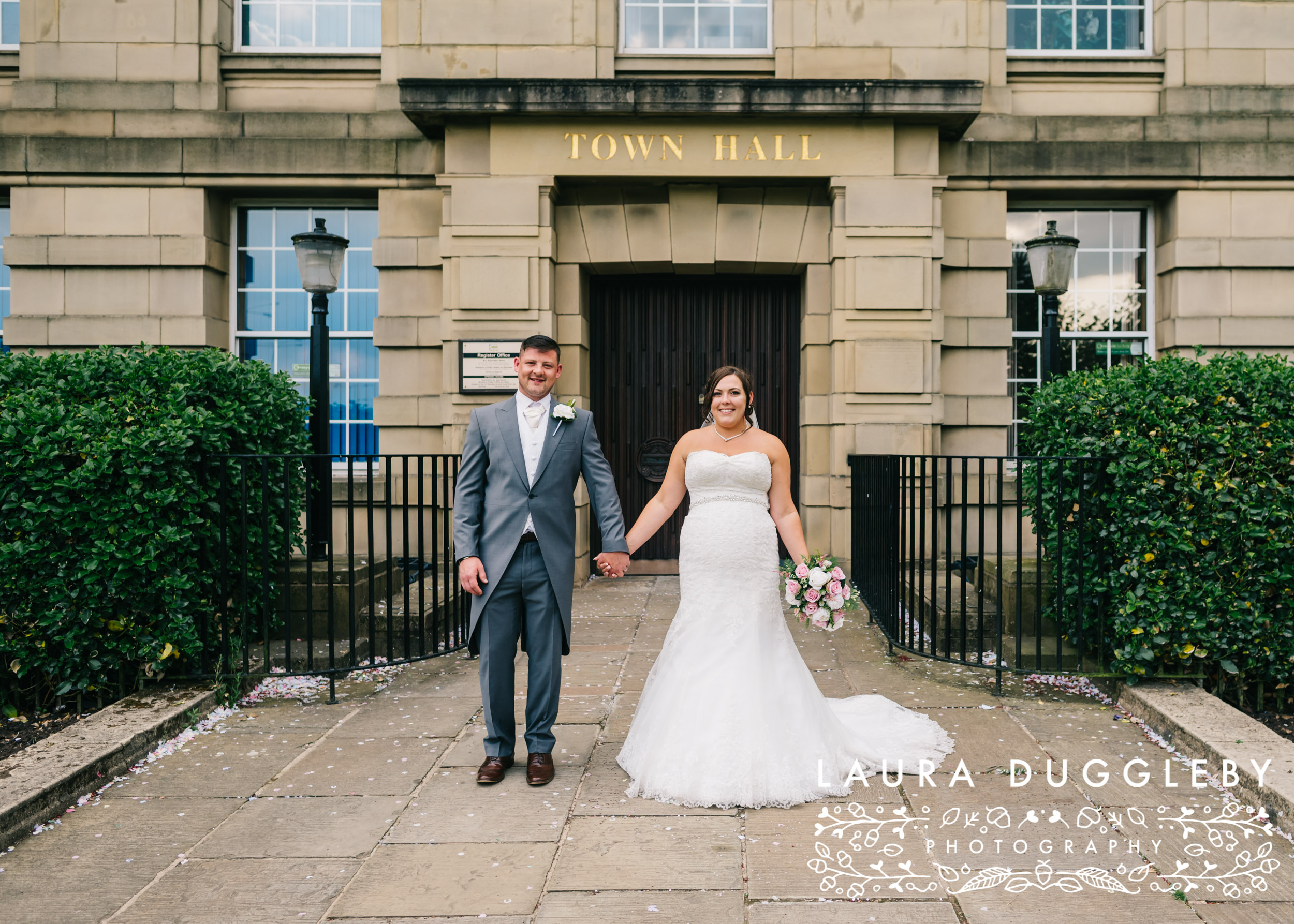 Elizabethan Suite Bury Town Hall - Manchester Wedding Photographer13