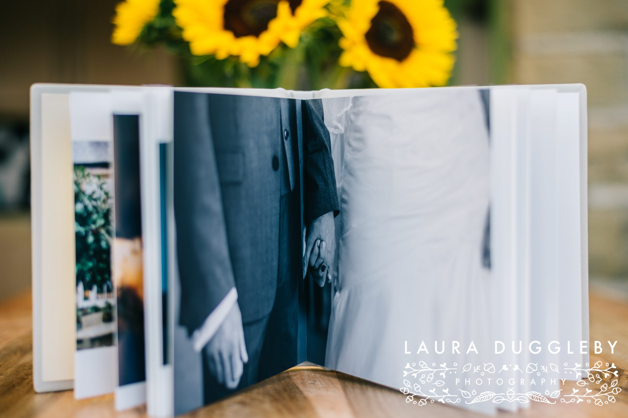 laura duggleby photography sample album-3.jpg