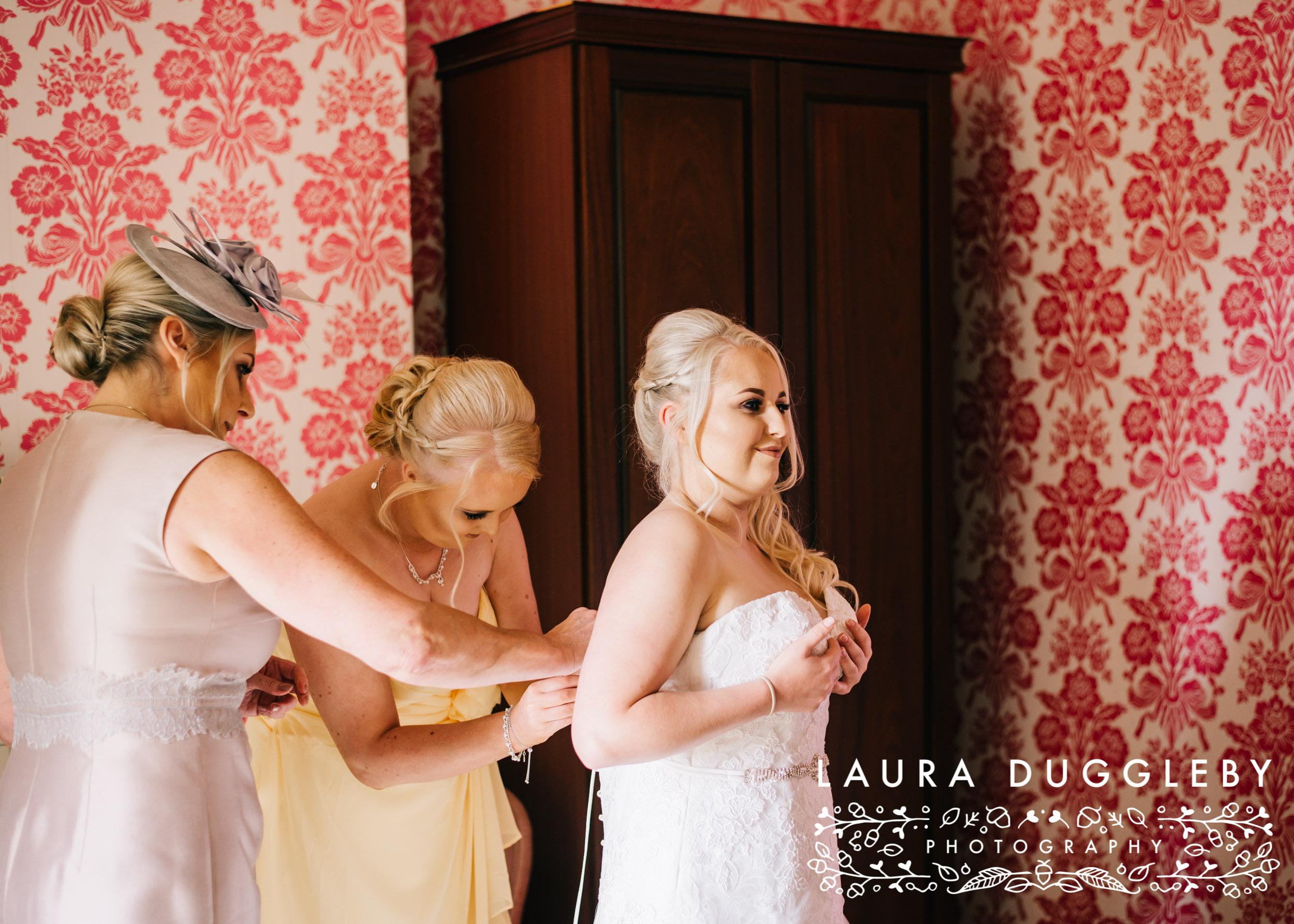 Rossendale Wedding Photographer - Sykeside Hotel15