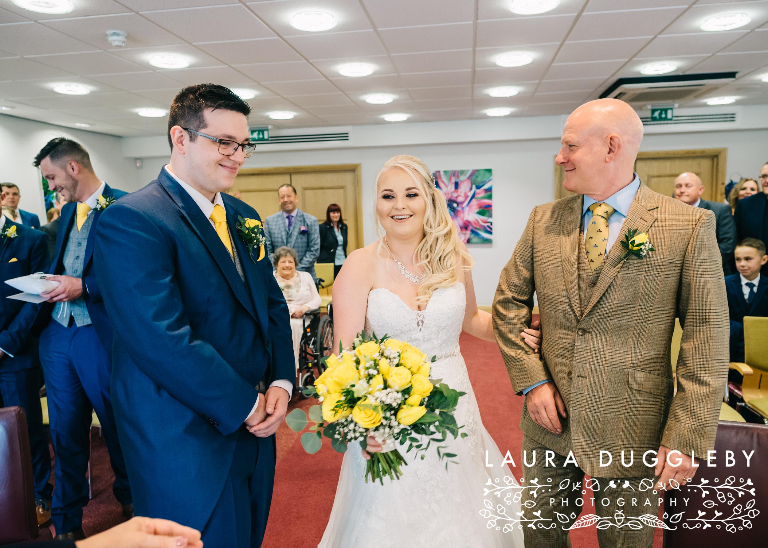 Sykeside Hotel Wedding Photographer (35).jpg