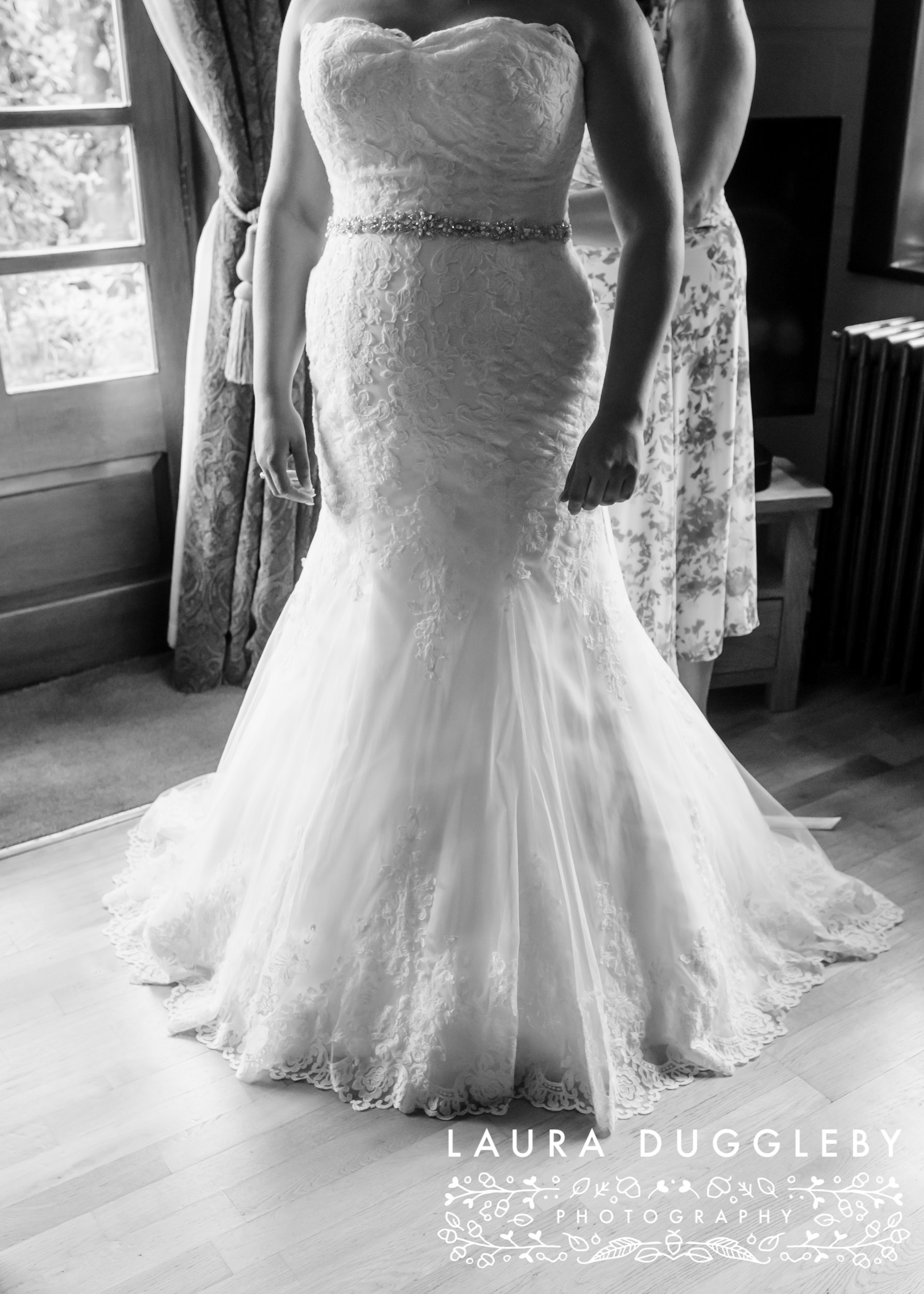 Bury wedding photographer - Elizabethan Suites at the Town Hall6