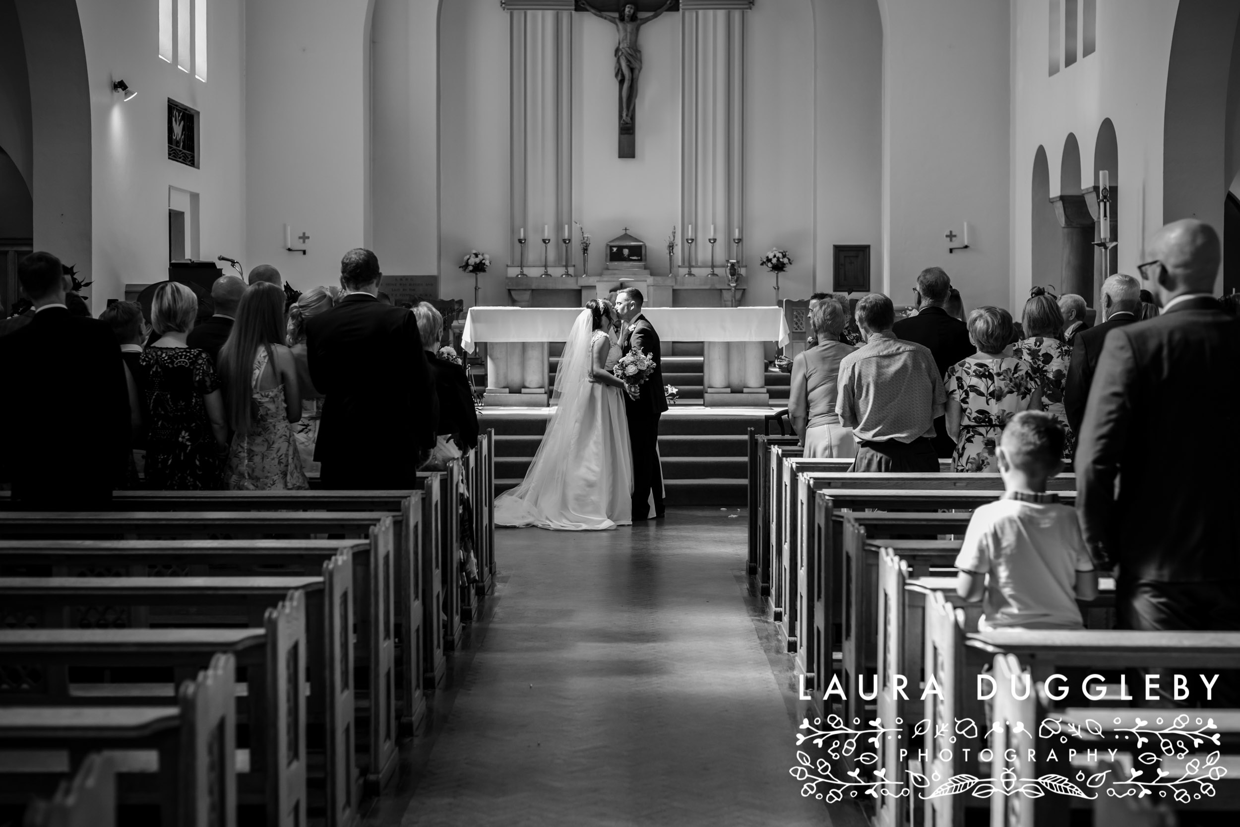 The Glass House Staining Lodge Wedding Photography-16.jpg