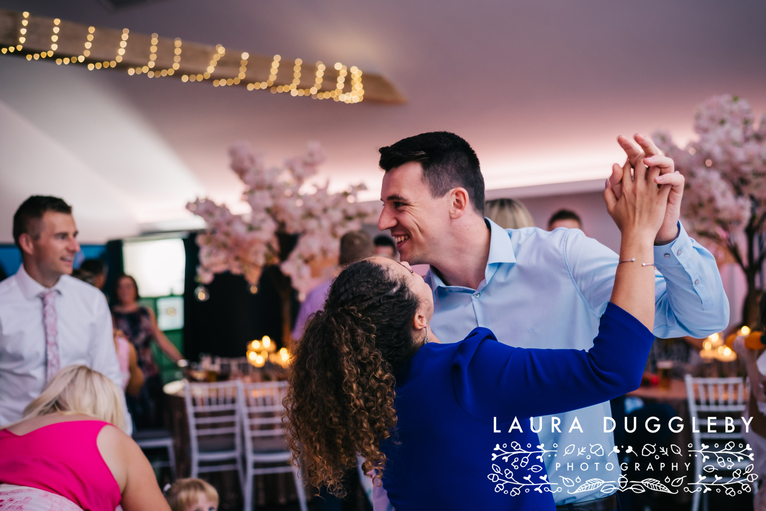 The Glass House Staining Lodge Wedding Photography-40.jpg