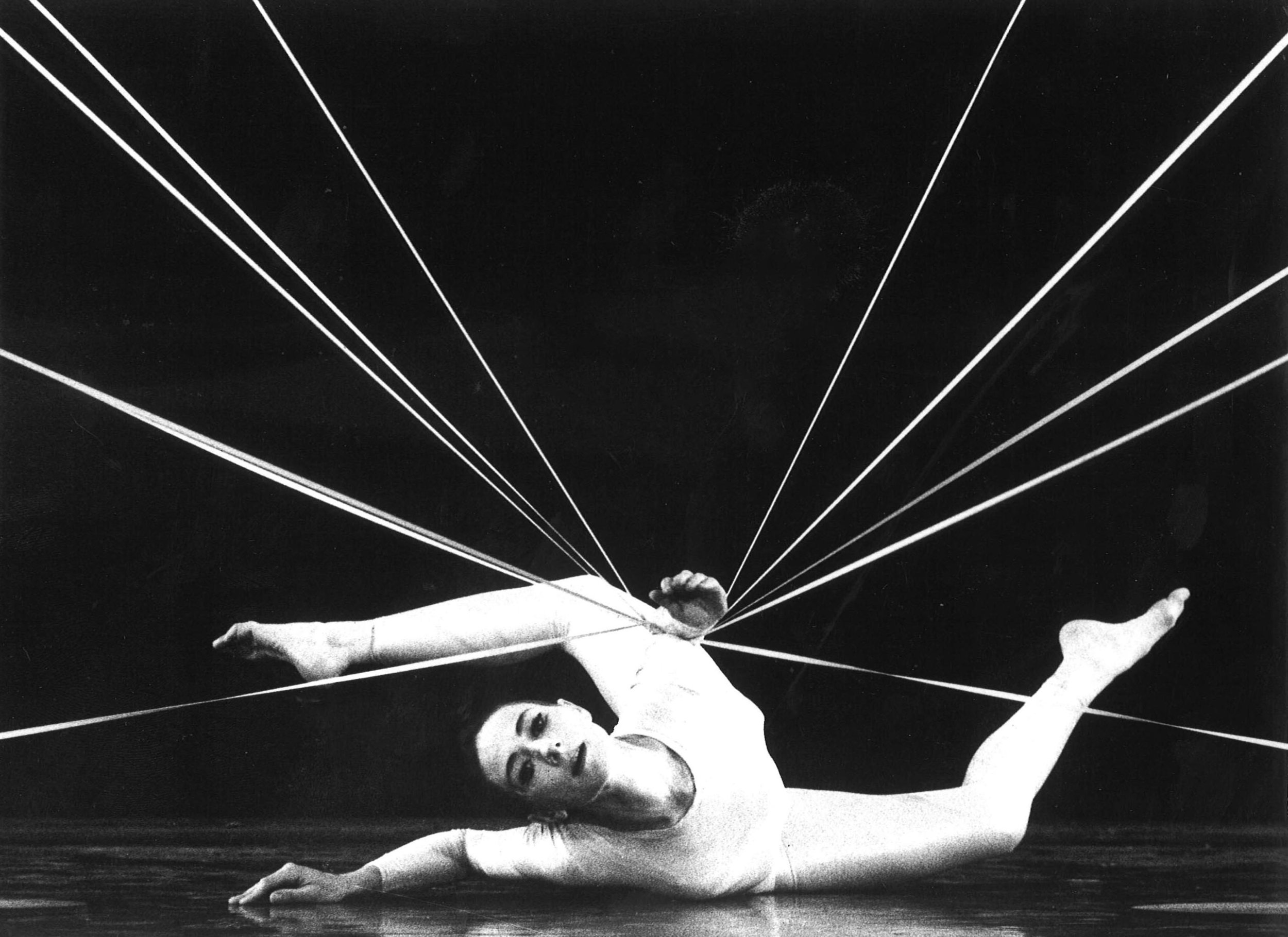 THREADS RINA SCHENFELD DANCE SOLO LETS START 1 .jpg