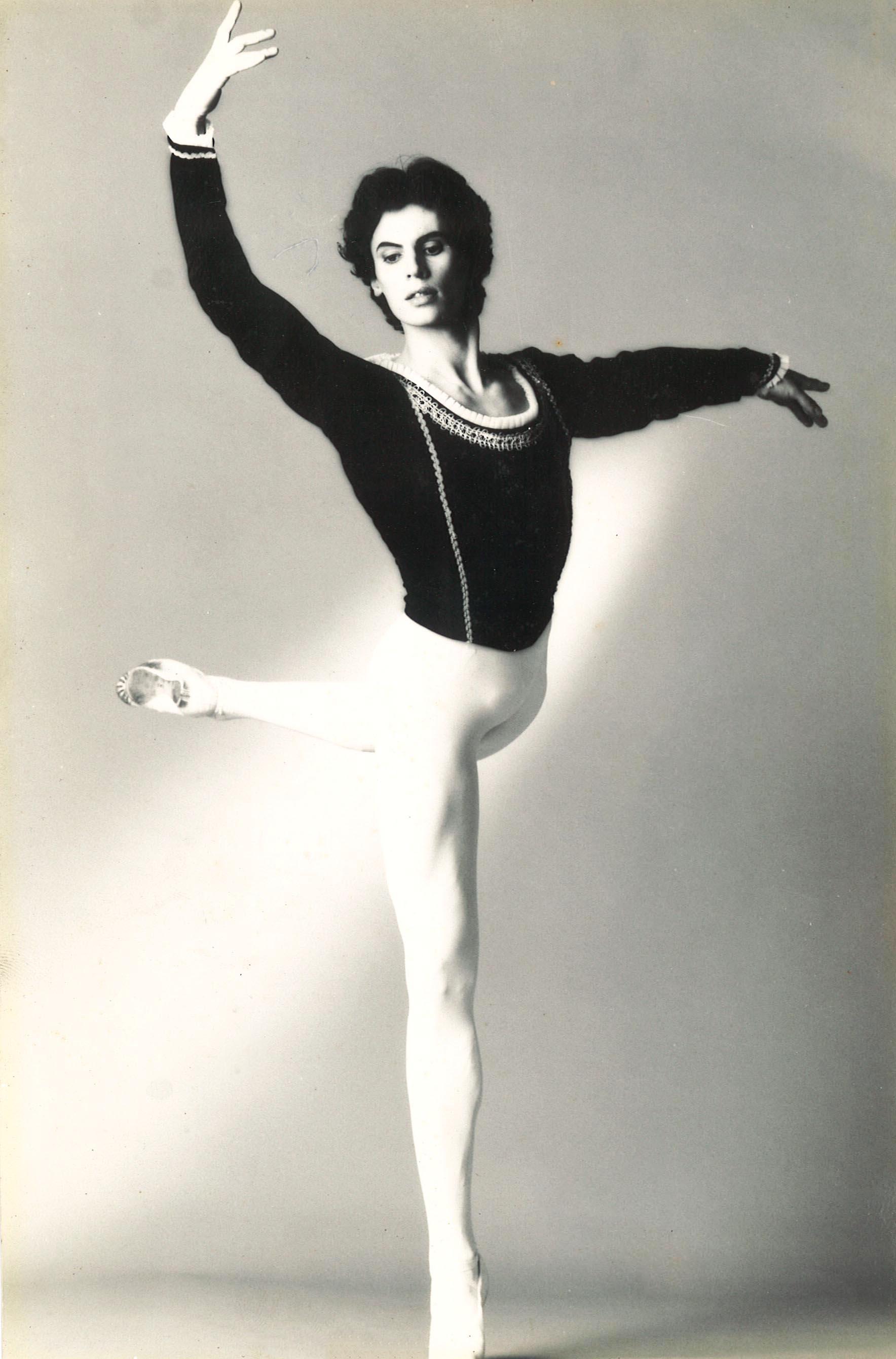 Olivier PATEY Premier Danseur de l'Opéra de Paris, ami intime  .jpg