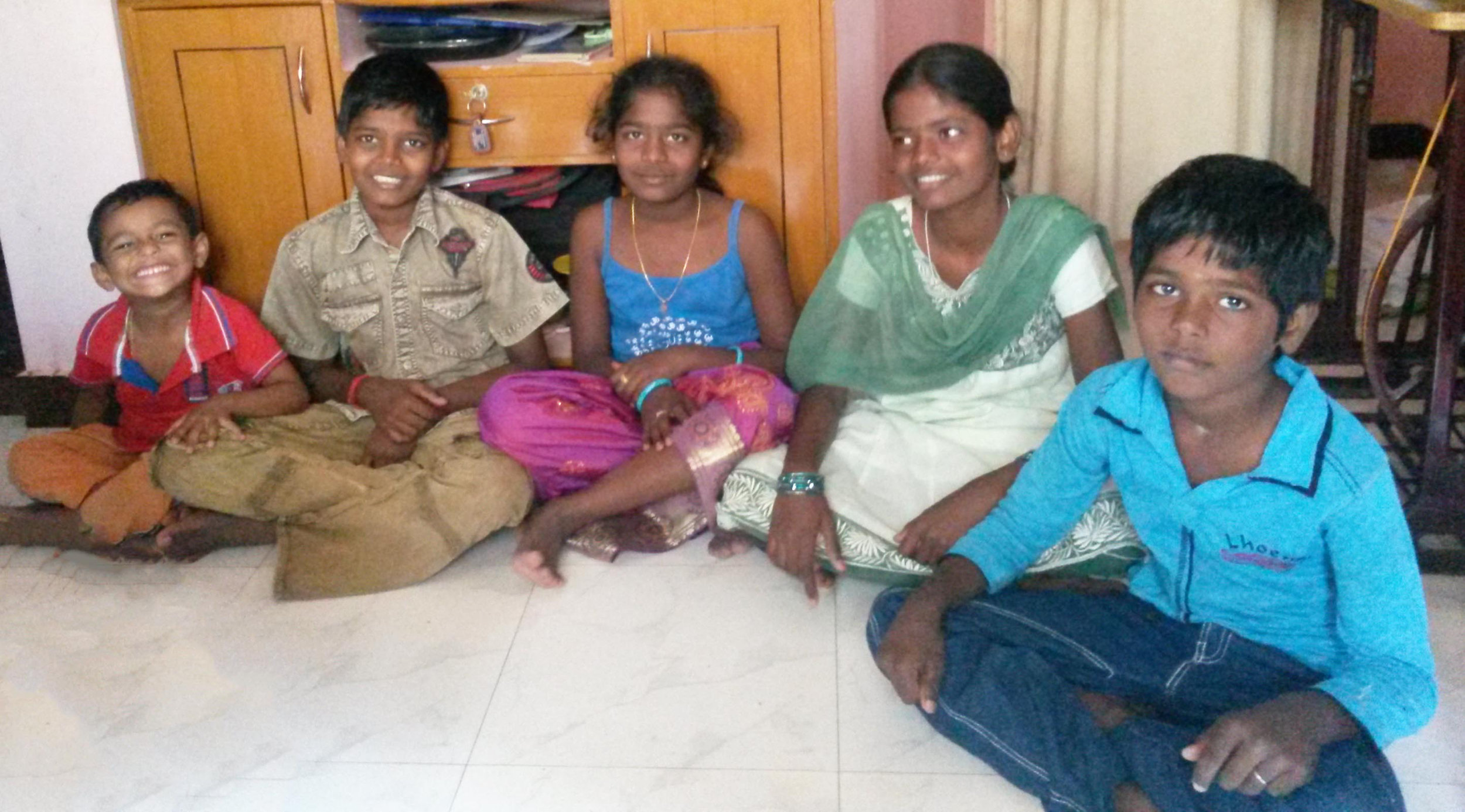 IGOR'S FAMILY  Nagappan and Shivalingam children .jpg