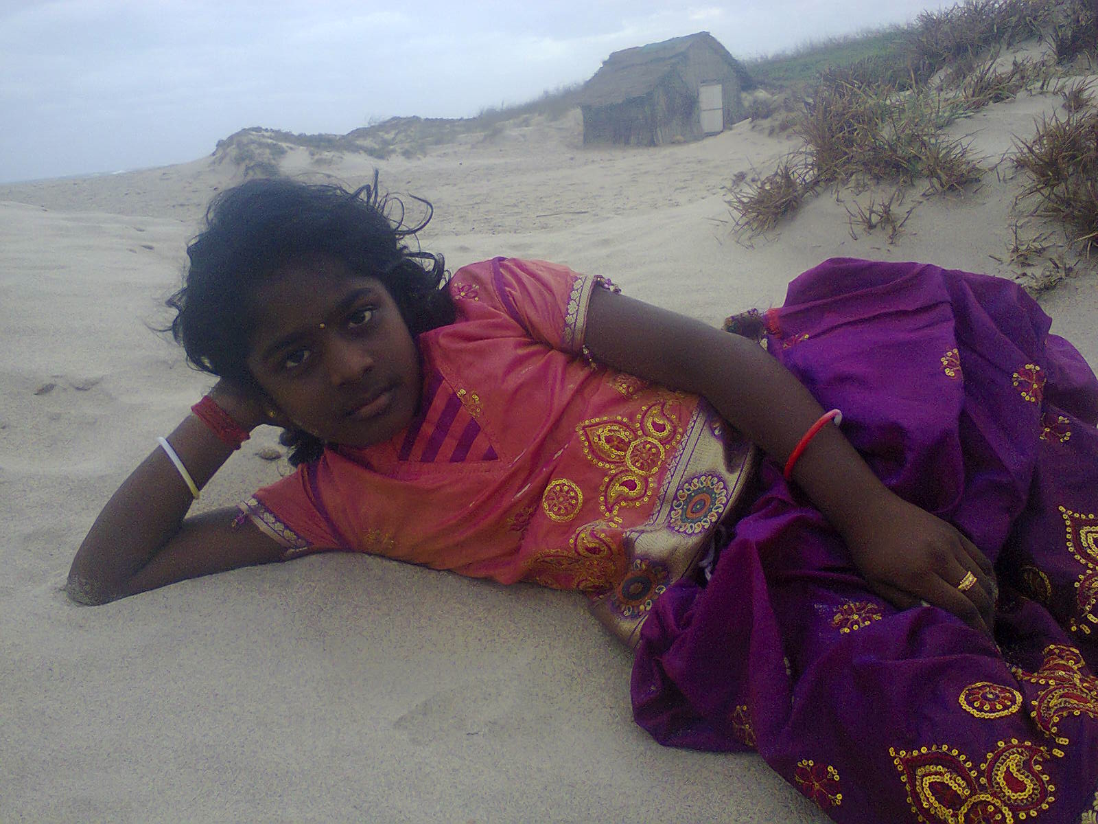 SAVITHA IN RAMESHWARAM BEACH.jpg