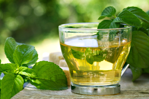 5) POLYPHENOLS - Polyphenols hold potent antioxidant properties and are found in a wide range of plant foods. Some of the richest sources of polyphenols include spices, herbs, cocoa and dark coloured berries. Green tea is a rich source of polyphenols and studies suggest protective benefits of green tea against both UV damage and skin cancer.