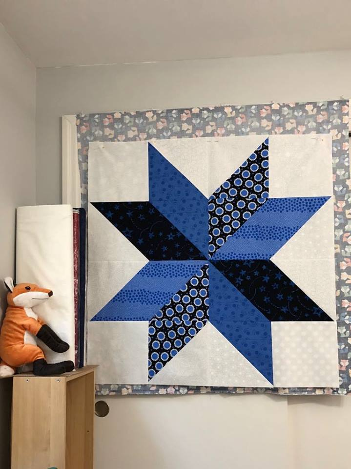 baby quilt blue and white