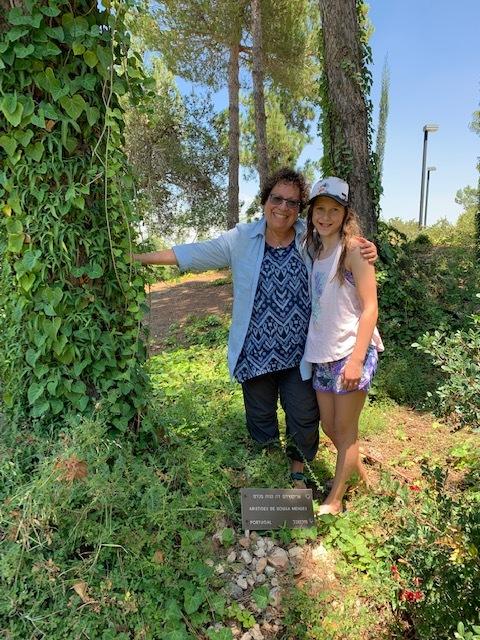 Myra Michaelson and her granddaughter Arliss.jpg