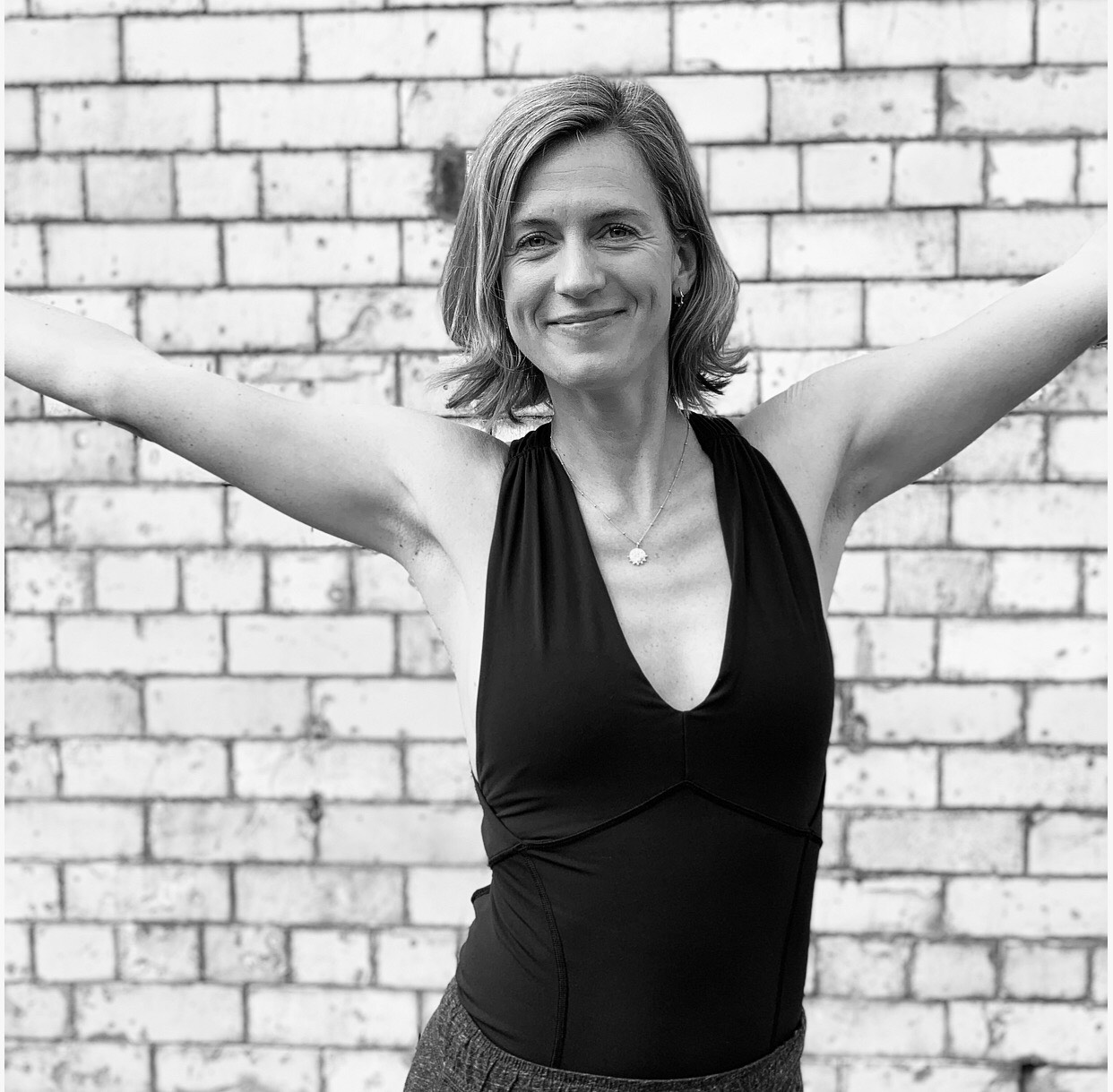 Holly  focuses on awareness and movement of breathe with relationship to gravity and the ability to develop healthy body mechanics. She is passionate in supporting you to feel empowered and embodied in your movement practice. Her warm and non–dogmatic approach allows everyone to feel welcome.