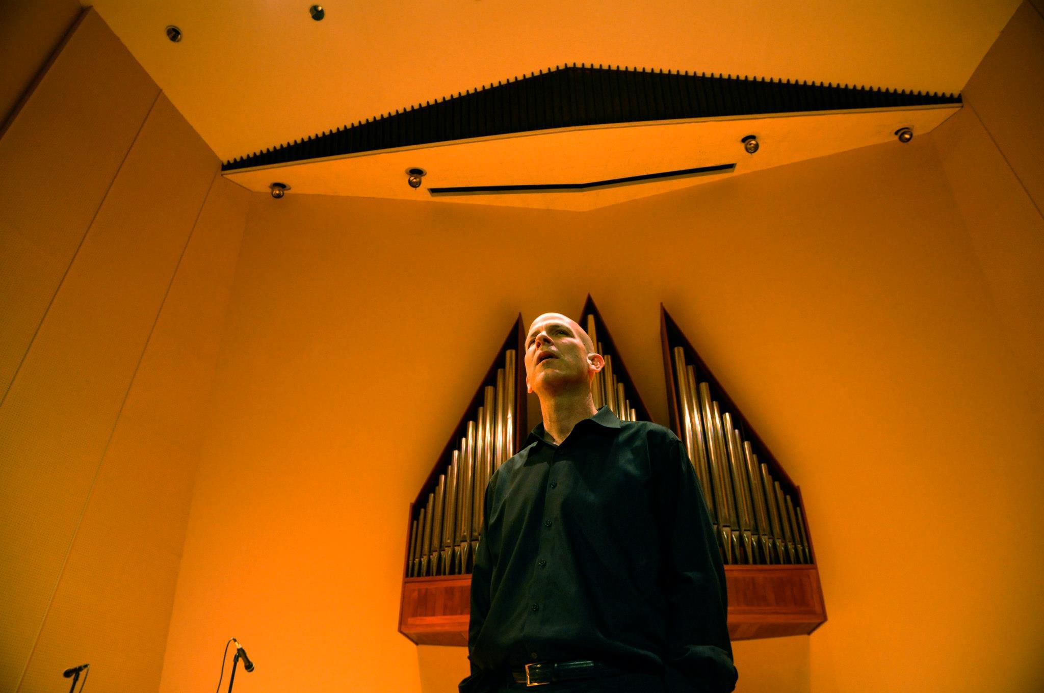 Tom Hall - www.freeimprovisation.com