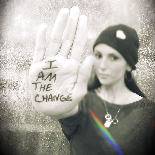 #Repost @talinda320 ・・・ HAPPY BIRTHDAY my love @ChesterBe From the day we met, you have changed me for the better. Today, I honor you. RIP BOO. Visit changedirection.org/320-changes-direction to make a pledge to know the 5 signs of emotional health❤️#320ChangesDirection #Iamthechange