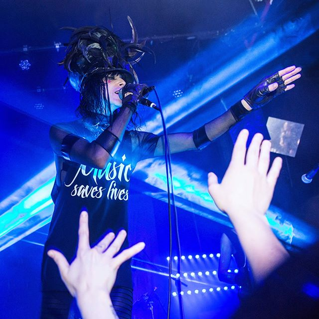 #Repost @ldo_photo ・・・ @YouRockFNDN had an amazing evening with @IAMX at @RoughTradeNYC last night!!! We are so grateful to them for rockin' our shirts on stage during their final encore song! 💙🙌🙏🎤💫 ・・・ 🗣#LetLyricsSpeak 🎶#MusicSavesLives 🚫#StopSuicide ・ 🤘🏿#YouMatter 🤘🏾#YoureNeeded 🤘🏼#YouRock