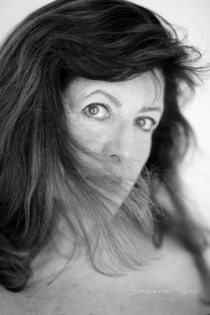 Gabriele-bw-portrait-sheona-ann-photography (1 of 1)-3.jpg