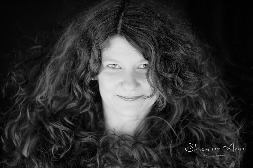 Big-hair-bw-sheona-ann-photography (1 of 1)-2 copy.jpg
