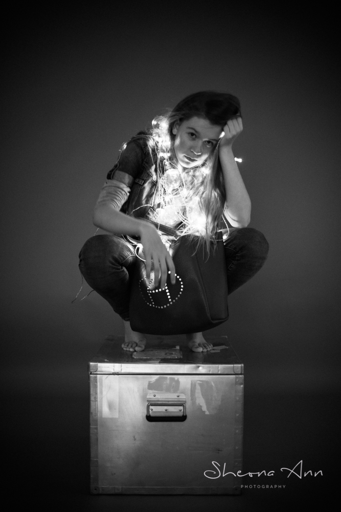 wrapped-in-light-beautiful-girl-bw-sheona-ann-photography (1 of 1).jpg