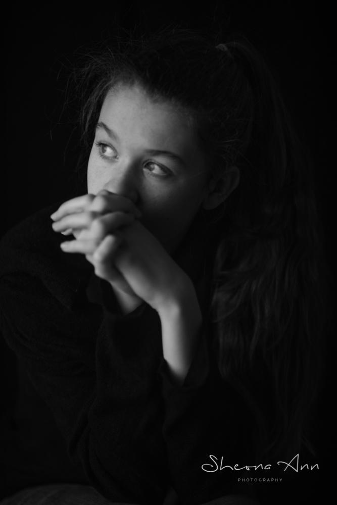 moody-b&w-portrait-sheona-ann-photography (1 of 1)-2.jpg
