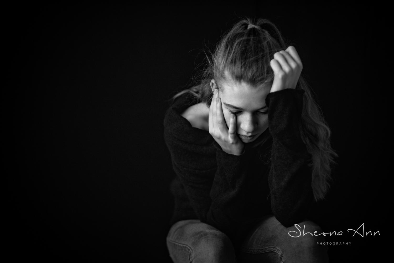 beautiful-girl-thinking-bw-portrait-sheona-ann-photography (1 of 1).jpg
