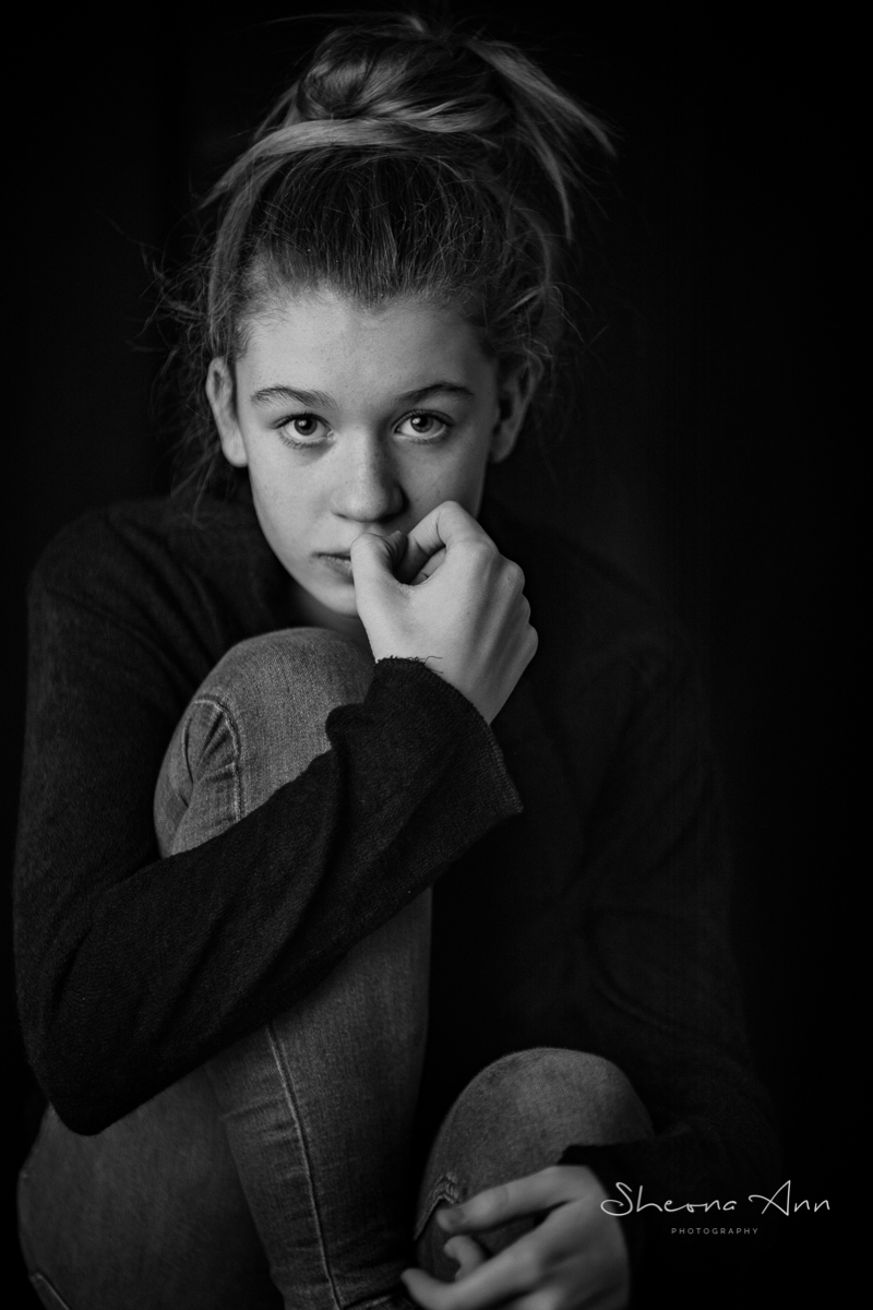 mood_b&w_portrait_teenage_girl_long_hair-sheona-ann-photography (5 of 5).jpg