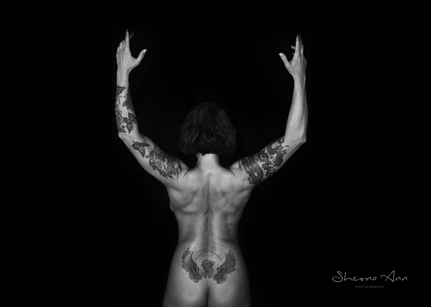 Vanessa-yoga-bw-Sheona-Ann-Photography (33 of 41).jpg