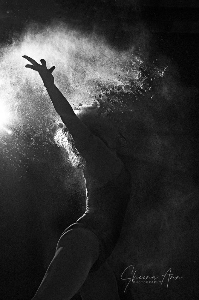 Vanessa-powder-Sheona-Ann-Photography (25 of 42).jpg