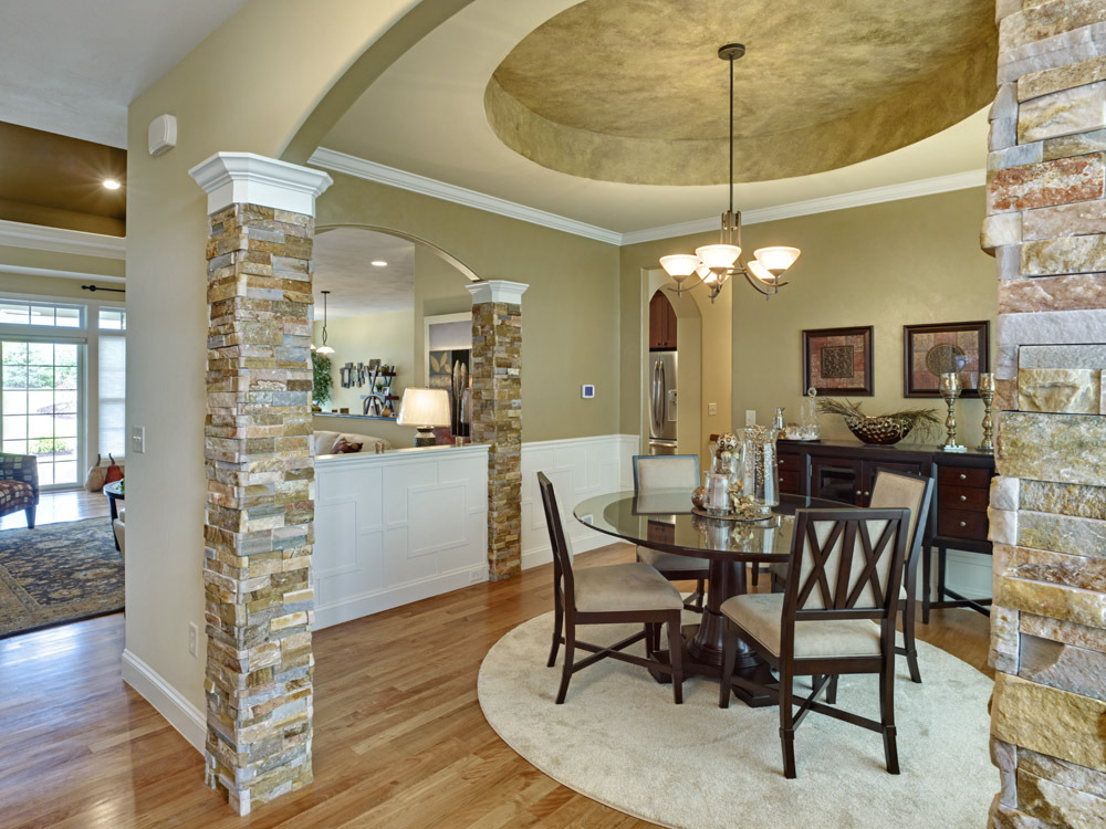 Mallards Landing 405 Dining Room.jpg