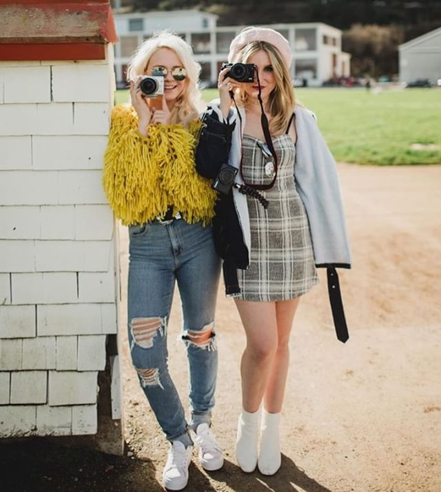 Issa #Friday #vibe. Do it for the #gram this #weekend. 📷: @doteshopping . . . #weekendvibes #weekend #Fridaze #fryday #friyay #girls #fashion #fun #friendship #friends #friend #havefun #girlsjustwannahavefun #startups #consumer #tech #apps #girlboss #beautiful #like #love #helloweekend #instacool #instafamous #instacute #hey #hi