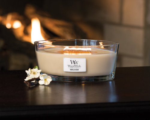 woodwick-candle (1).jpg
