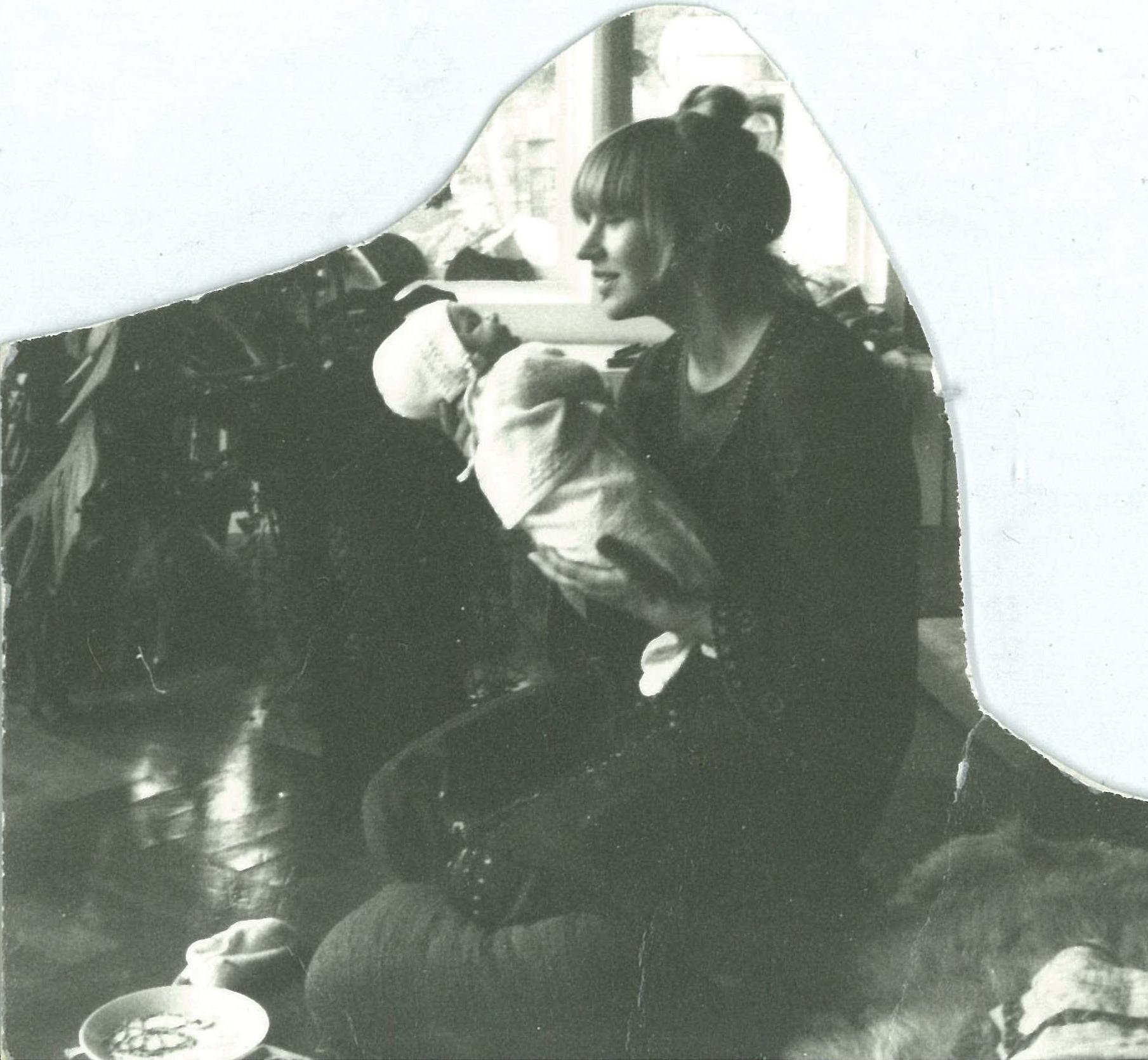 4. Mum + me baby.jpg