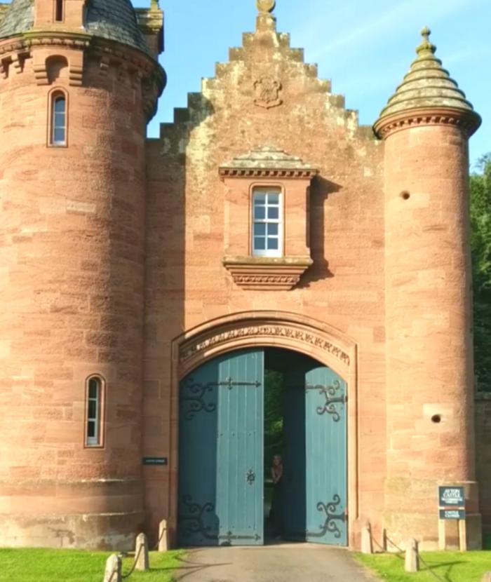 Gatehouse keeper