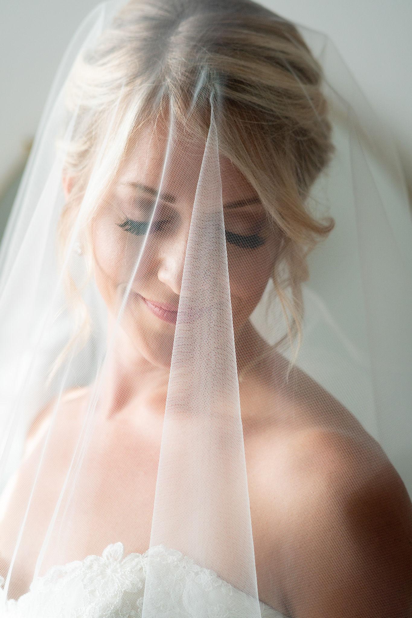 Amber's Bridal Portrait Session | Chicago Wedding Photographer-12.jpg