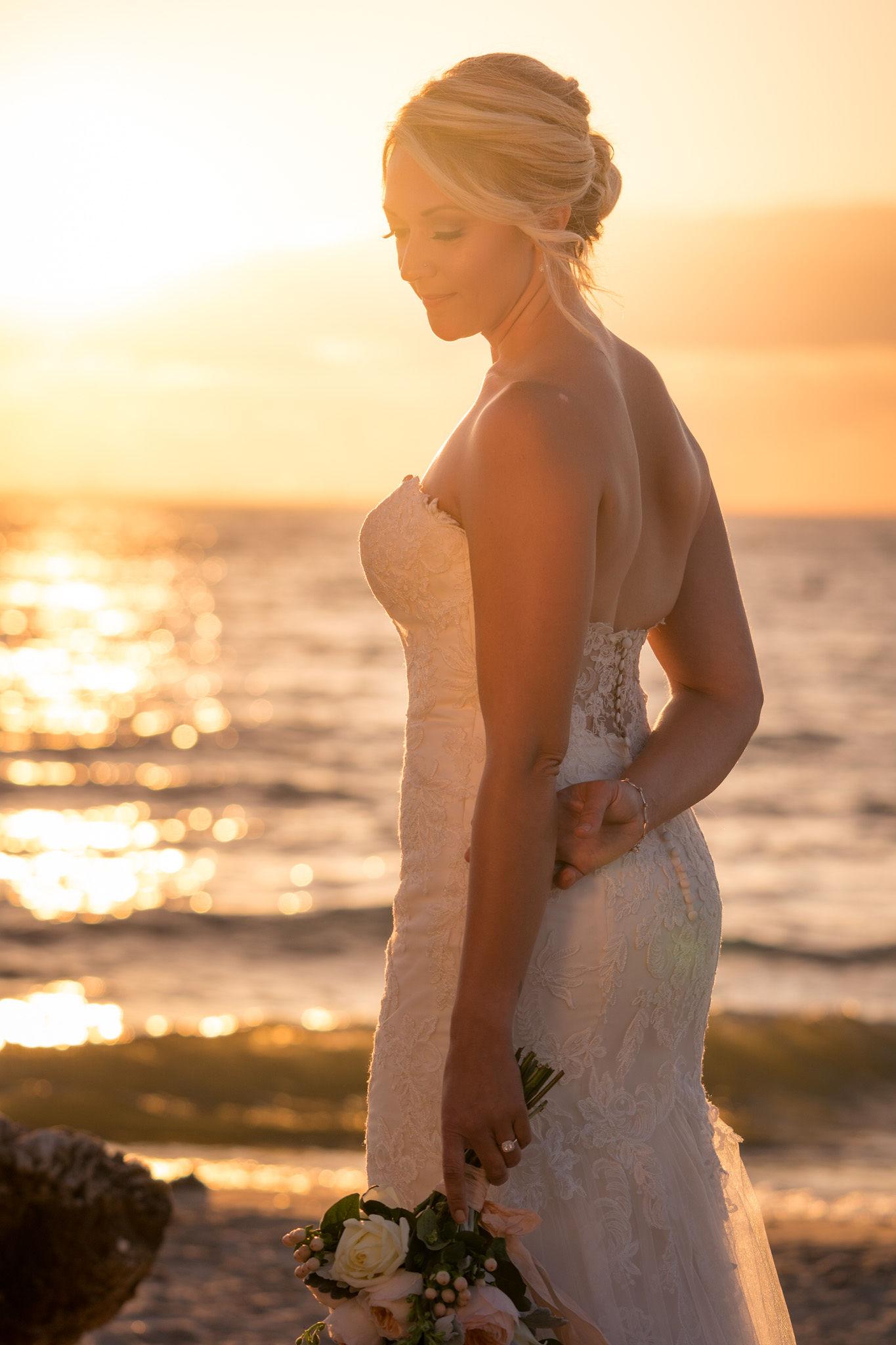 Amber's Bridal Portrait Session | Chicago Wedding Photographer-15.jpg