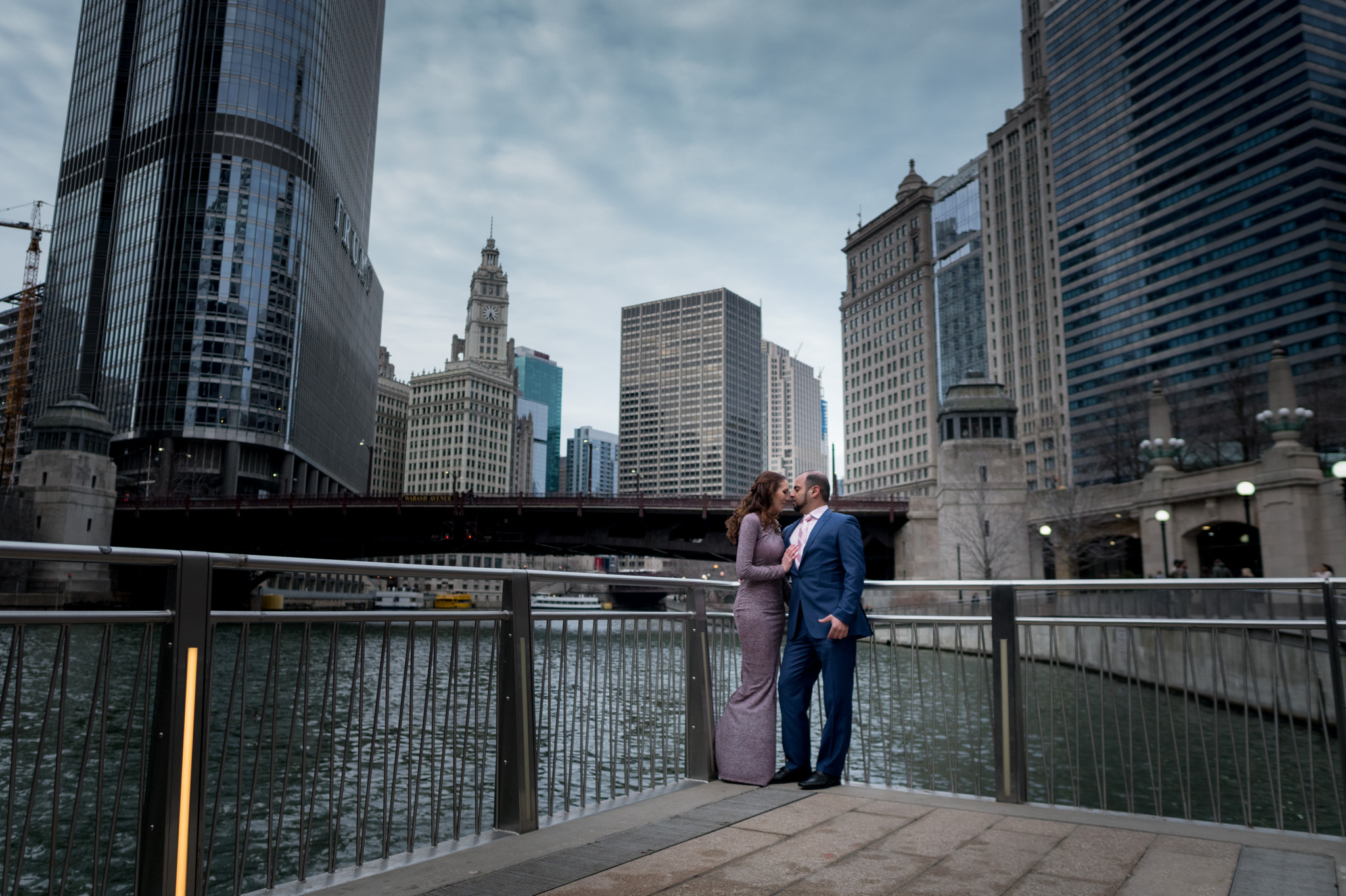 engagement on the Chicago River