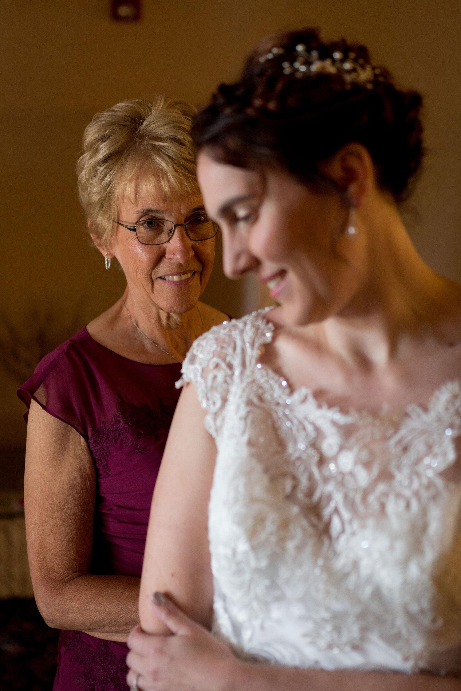 Aaron & Jennifer's Duneland Falls Wedding 8