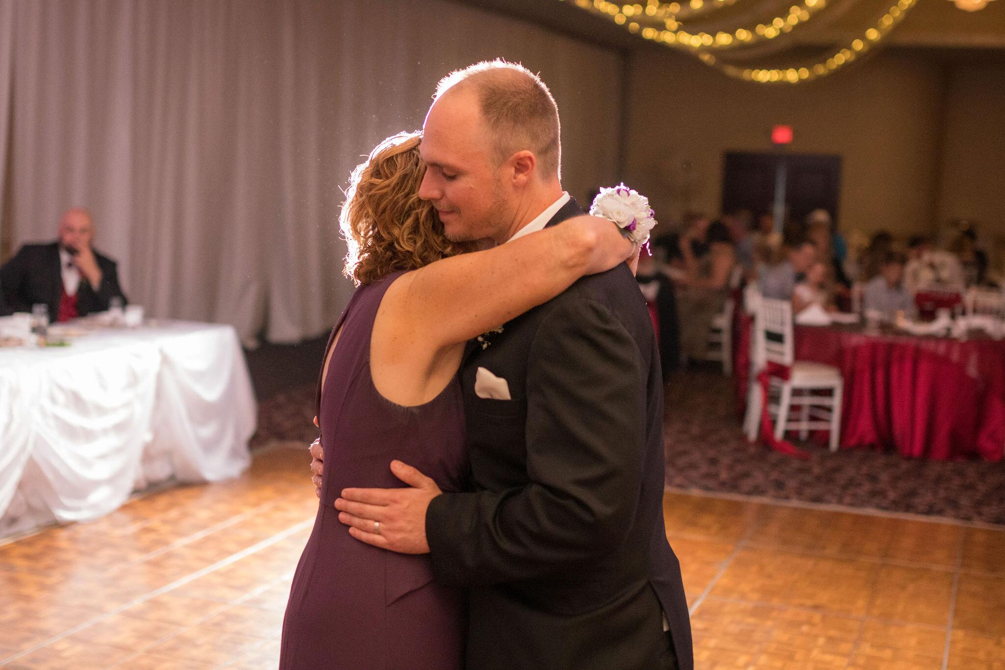 Aaron & Jennifer's Duneland Falls Wedding 51