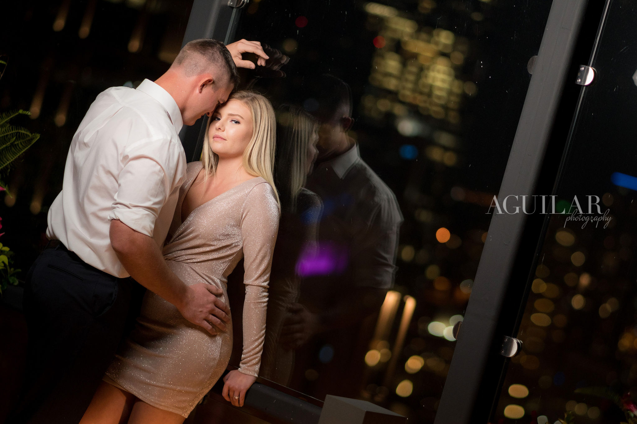 Colton & Taylor's Downtown Chicago Riverwalk Engagement 21