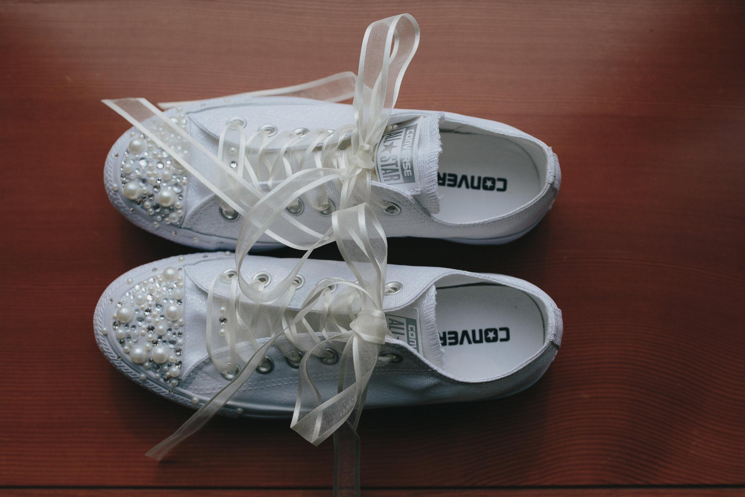 No heels for this bride
