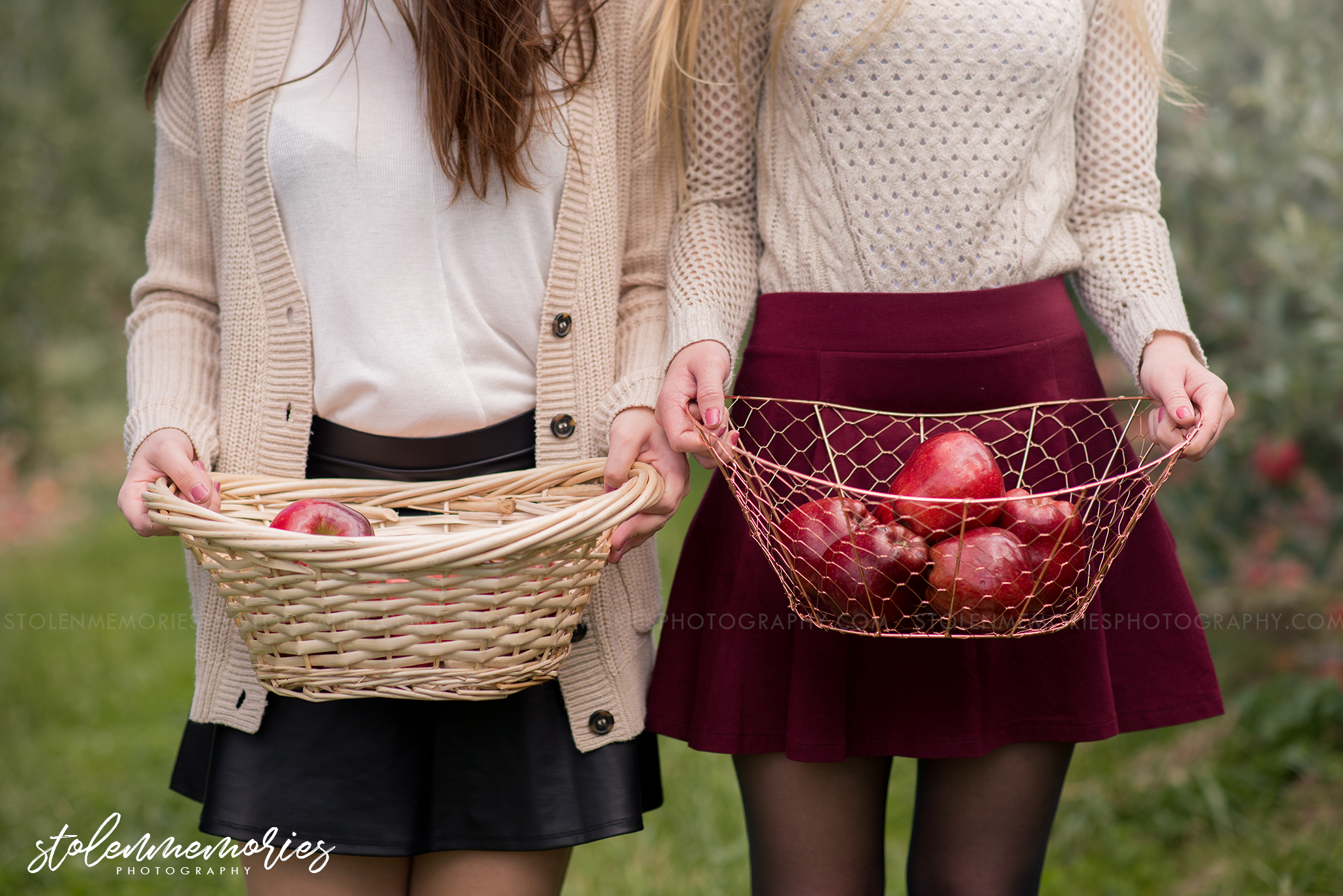 state-college-pa-senior-photographer-apple-orchard-1