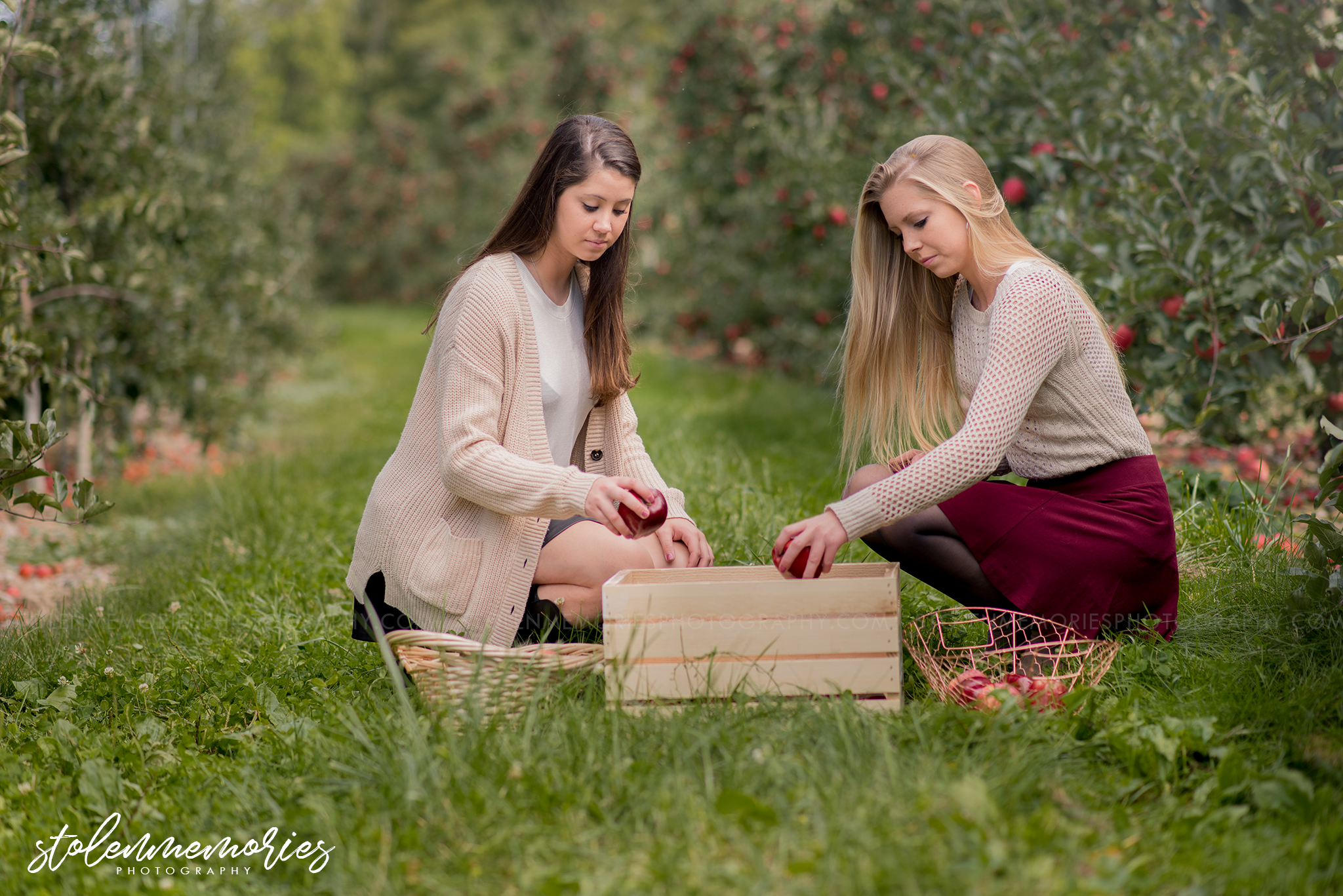 state-college-pa-senior-photographer-apple-orchard-3