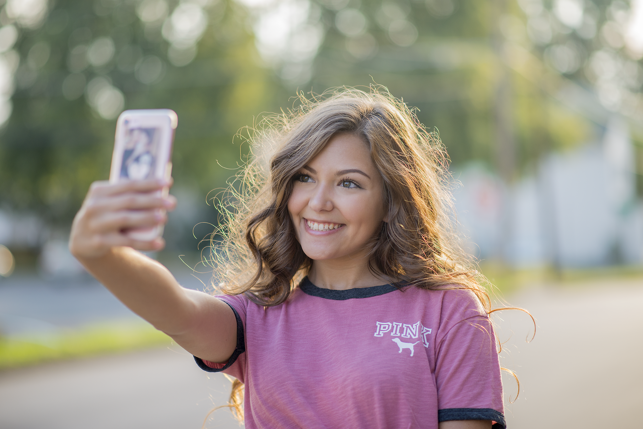 state-college-lewisburg-pa-senior-teen-young-adult-portrait-photographer-selfie-phone-photography-tips.png