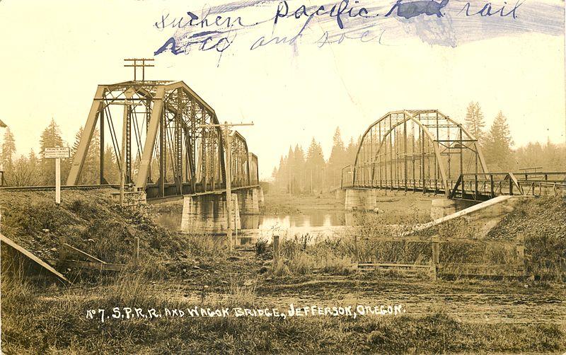 800px-Southern_Pacific_Railroad_and_wagon_bridges_at_Jefferson,_Oregon_(3230120712).jpg